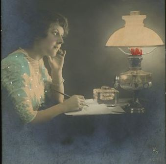 lady-writing-letter